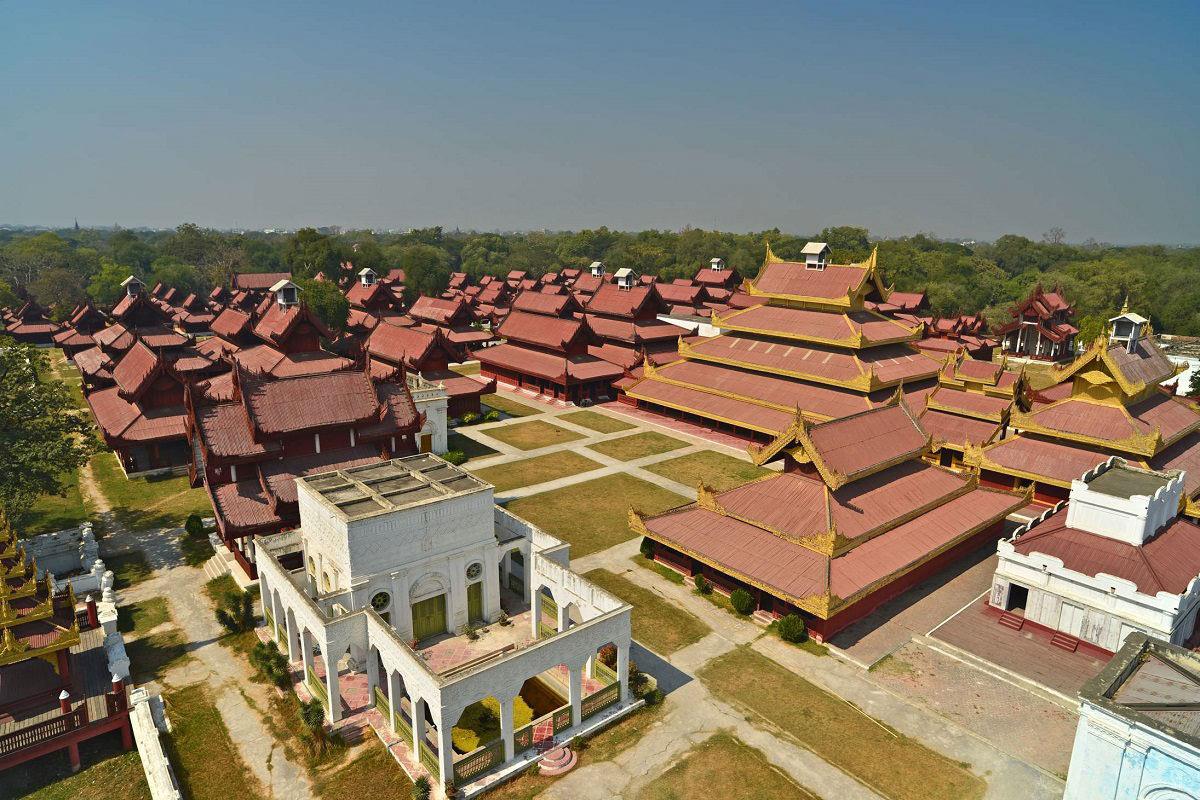 向在缅甸的矿产资源公司提供法律意见